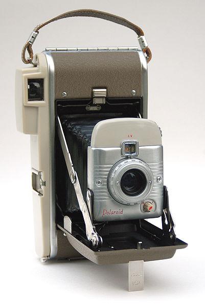 401px-Polaroid_Highlander_Model_80A_John_Kratz